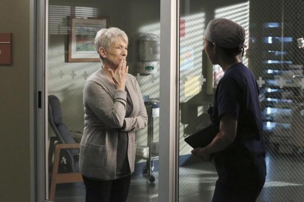 Greys anatomy airing