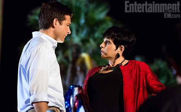 First Look At Liza Minnelli On New Netflix ARRESTED DEVELOPMENT