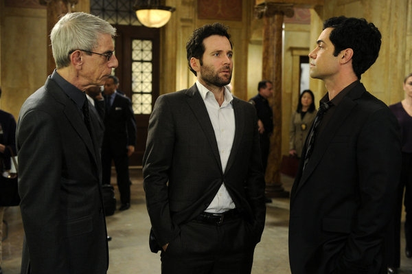 Richard Belzer, Eion Bailey, Danny Pino