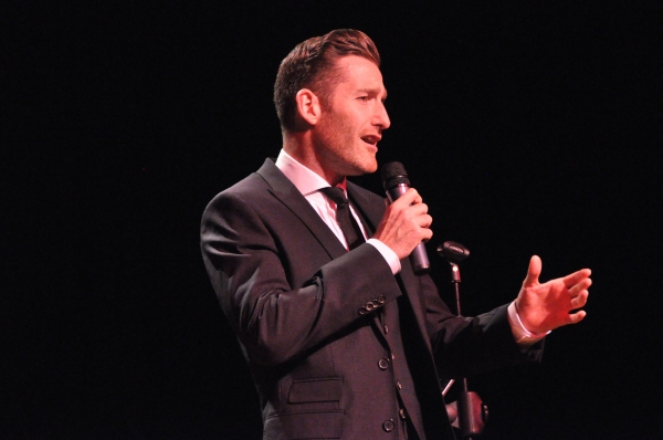 Photo Coverage: Paul Byrom Plays the Landmark Theatre