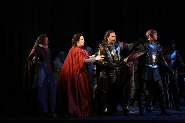 Tamara Wilson as Leonora and Marco Berti as Manrico. Photo