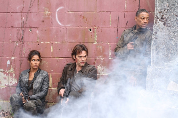 Daniella Alonso, Billy Burke, Giancarlo Esposito