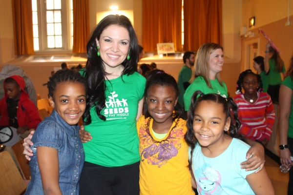 Photo Flash: Mara Davi, Taylor Frey and More Teach PS 221 Students in Brooklyn