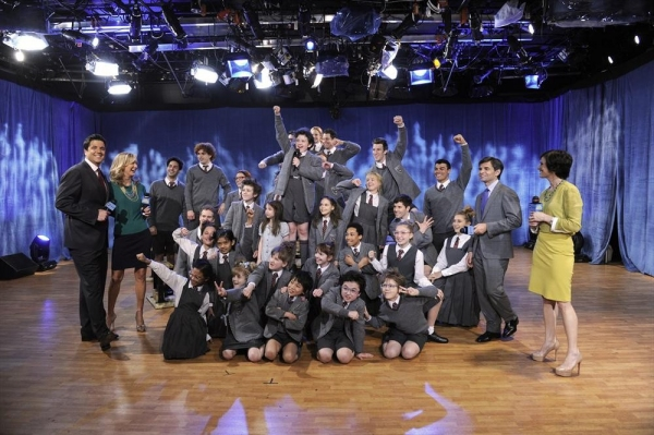 "The cast of the Broadway musical ""Matilda"",Josh Elliott, Lara Spencer, George Stephanopoulos, Elizabeth Vargas"