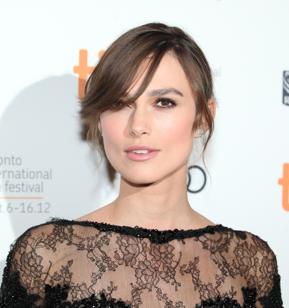 Keira Knightley Replaces Anne Hathaway In Indie Drama LAGGIES