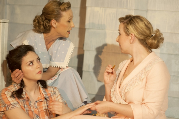 Photo Flash: First Look at PICNIC at The Playhouse