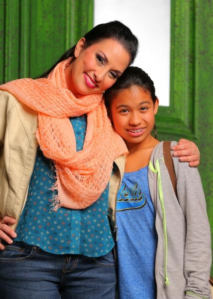 Tricia Marciel, Stephanie Zaharis