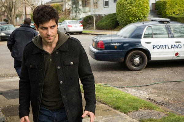"GRIMM -- ""The Walking Dead"" Episode 221 -- Pictured: David Giuntoli as Nick Burkhardt -- (Photo by: Scott Green/NBC)"