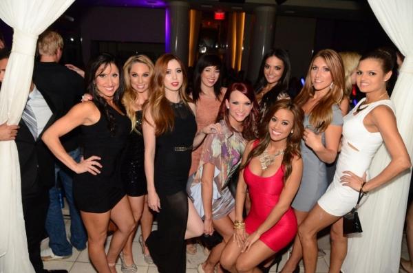 Photo Flash: X Burlesque Celebrates 11th Anniversary at PURE Nightclub