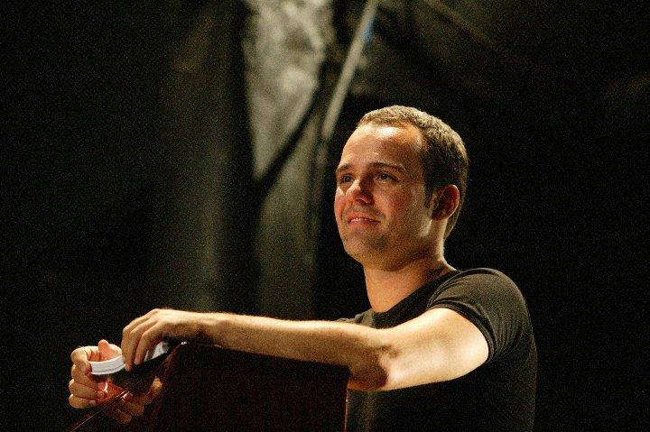 BWW Interviews: Dani Anglés habla sobre Lluny de Broadway, La Bella y la Bestia, audiciones y más