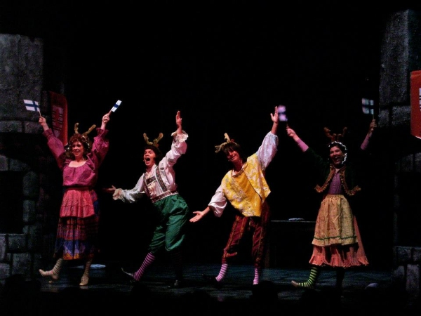 BWW Reviews: SPAMALOT Entertains with Killer Rabbits, Taunting Frenchmen and Show-Stopping Musical Numbers