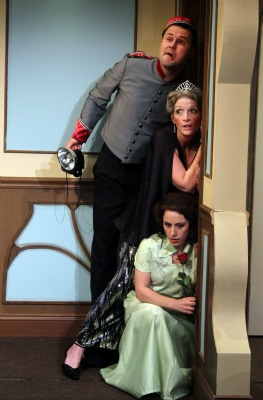 BWW Reviews: Act II Playhouse's LEND ME A TENOR is a Spirited Theatrical Event