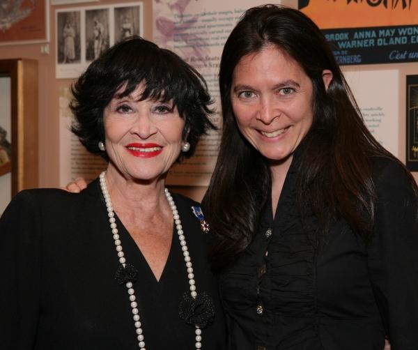 Photo Flash: Chita Rivera Receives 2013 Lifetime Achievement Award from Boston Theater Critics Association