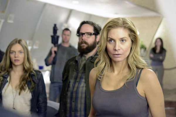 Tracy Spiridakos, Zak Orth, ELIZABETH MITCHELL Photo