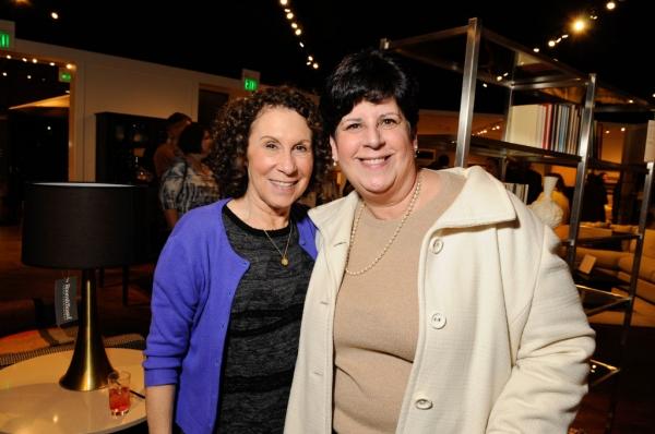 Rhea Perlman, Paula Muzic