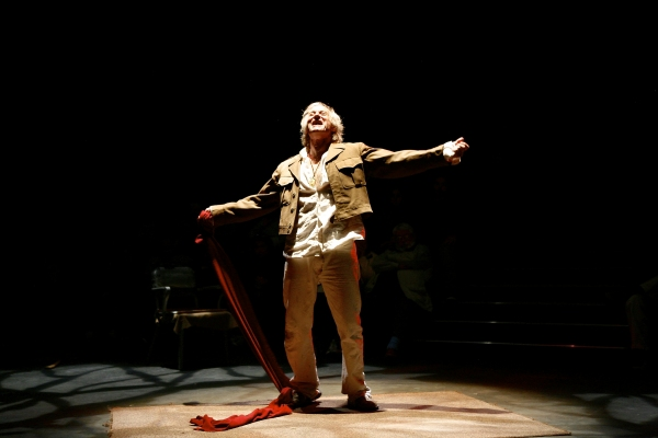 Joseph Graves (as The Poet) in the Syracuse Stage production of An Iliad