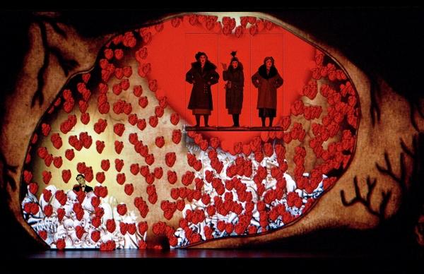 Peter Sonn (Tamino), Ina Kringelborn (Erste Dame), Karolina Gumos (Zweite Dame), Maija Skille (Dritte Dame)