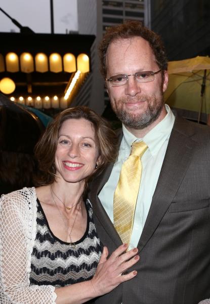 Shuler Hensley with wife Paula DeRosa