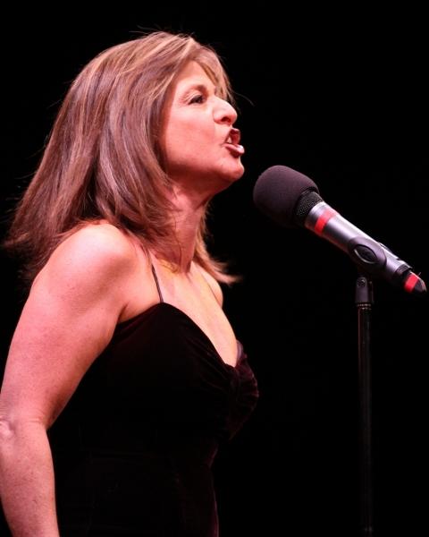 Julie Waldman-Stiel