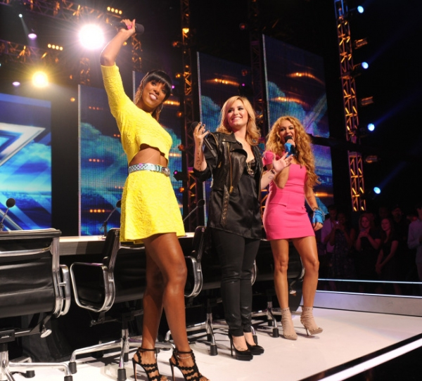 Kelly Rowland, Demi Lovato, Paulina Rubio