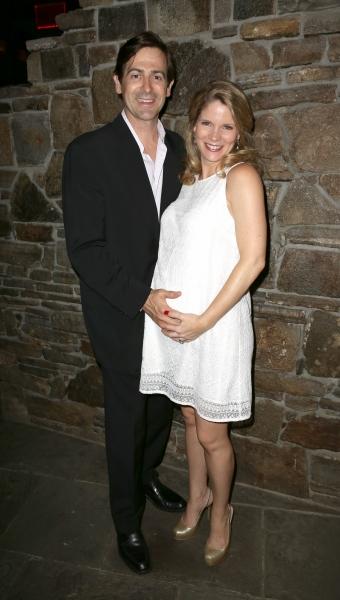 Greg Naughton, Kelli O''Hara