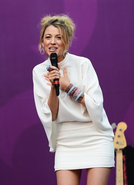 THE WOMEN''S CONCERT FOR CHANGE: LIVE FROM LONDON -- ''Chime For Change: The Sound Of Change Live'' Concert at Twickenham Stadium on June 1, 2013 in London, England -- Pictured: Blake Lively talks on stage -- (Photo by Ian Gavan/Getty Images for Gucci)