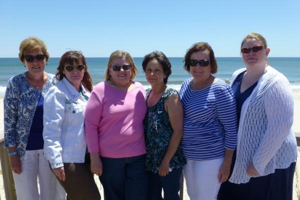 Cheryl Wheeler with her Volunteer Committee
