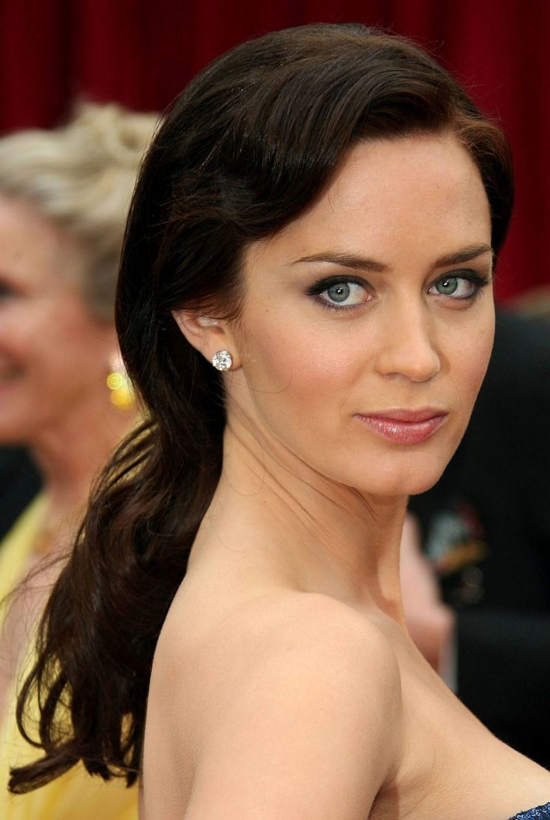 Emily Blunt Confirms INTO THE Emily Blunt