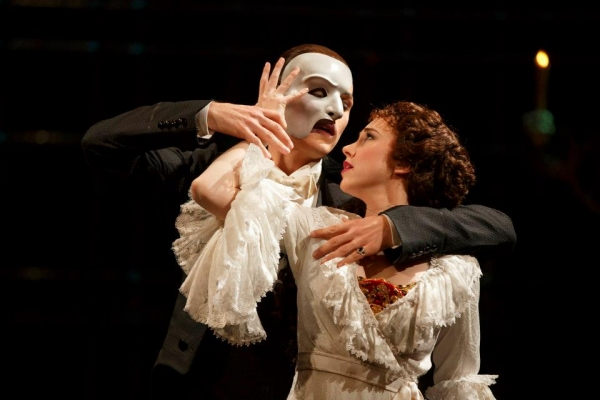CONFIRMED: PHANTOM's Peter Joback and Samantha Hill to Perform at Tonys