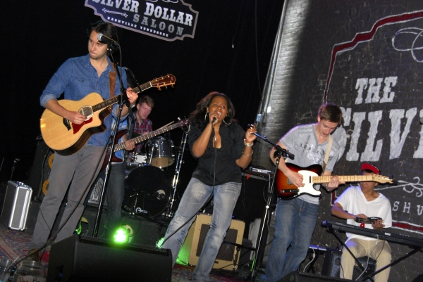 The Adrianna Freeman Band perform at the Silver Dollar Saloon. L-R: Zach Torres (acoustic guitar), Austin DeVries (drums), Adrianna Freeman (vocals), Tyler Reese (lead guitar) and Wes Yee (keyboard). Not shown: Theo Hartlett (bass).