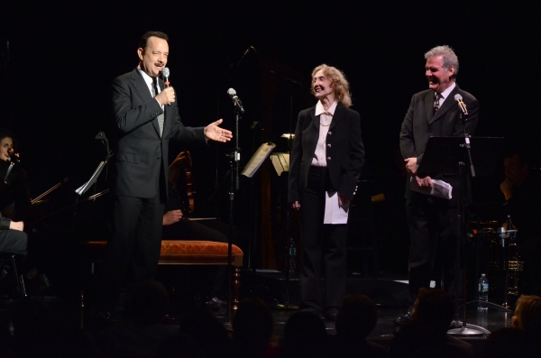 Tom Hanks, Charlotte Moore, Ciaran O''Reilly Photo