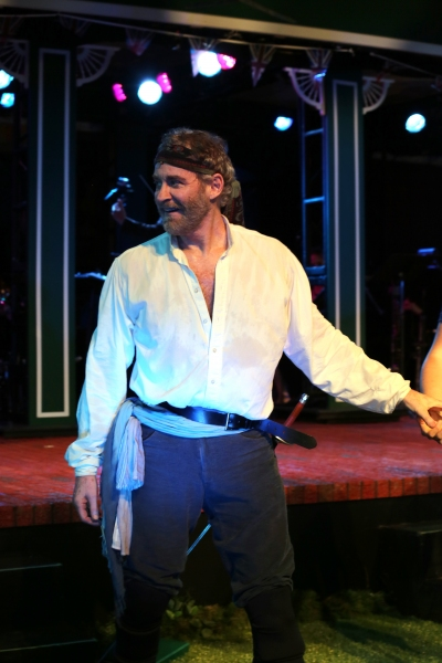 Photo Coverage: Glenn Close, Kevin Kline & More Take Bows in Public's PIRATES OF PENZANCE Gala