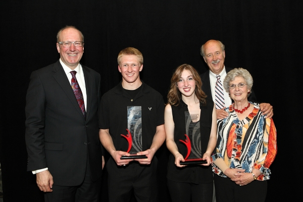 Des Moines Performing Arts President & CEO Jeff Chelesvig, Triple Threat Award recipient Kellen Schrimper, Triple Threat Award recipient Bridget Johnston, Triple Threat Award Sponsors Doug and Debbie West.