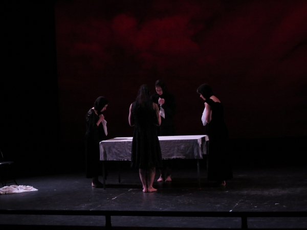 Macy Sullivan, Lauren Ohmer, Emily Vestch, and Alice Pechue perform ''Entroterra,'' a Photo