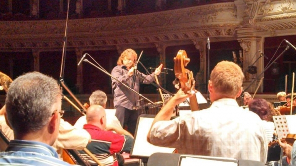 Jason Tramm with members of the Szeged National Symphony