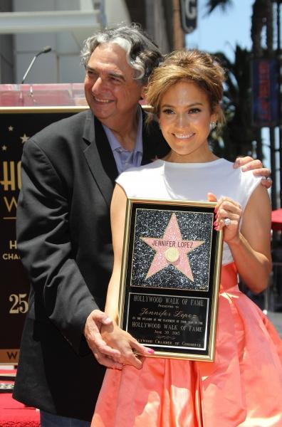 Groegry Nava and Jennifer Lopez