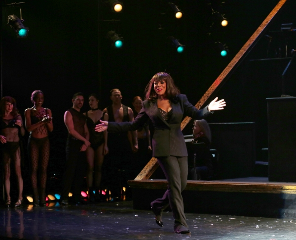 Photo Coverage: Wendy Williams Takes First Bow as 'Matron Mama Morton' in CHICAGO!