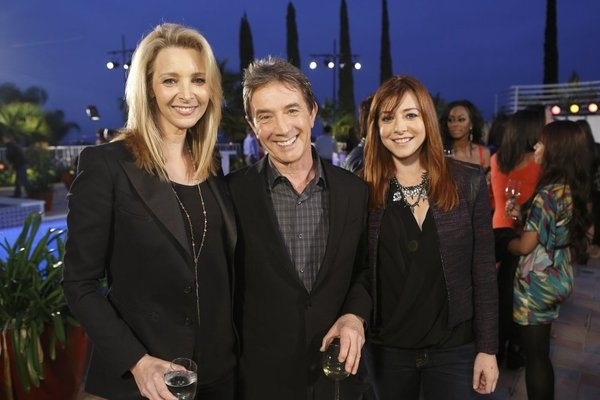 HOLLYWOOD GAME NIGHT -- Episode 104 -- Pictured: Lisa Kudrow, Martin Short, Alyson Jannigan-- (Photo by: Trae Patton/NBC)
