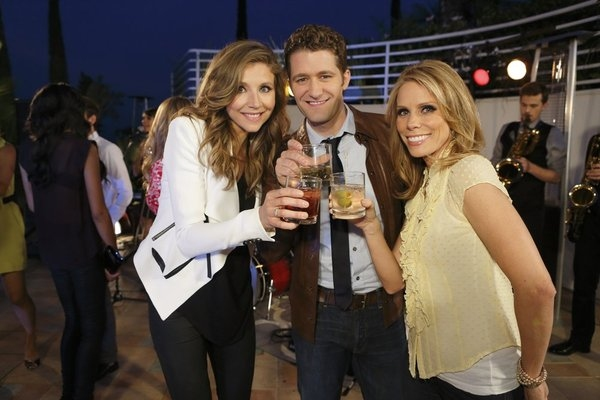 HOLLYWOOD GAME NIGHT -- Episode 106 -- Pictured: (l-r) Sarah Chalke, Matthew Morrison, Cheryl Hines -- (Photo by: Trae Patton/NBC)