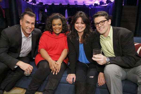 HOLLYWOOD GAME NIGHT -- Episode 106 -- Pictured: (l-r) Rob Riggle, Yvette Nicole Brown, Valerie Bertinelli, Contestant -- (Photo by: Trae Patton/NBC)