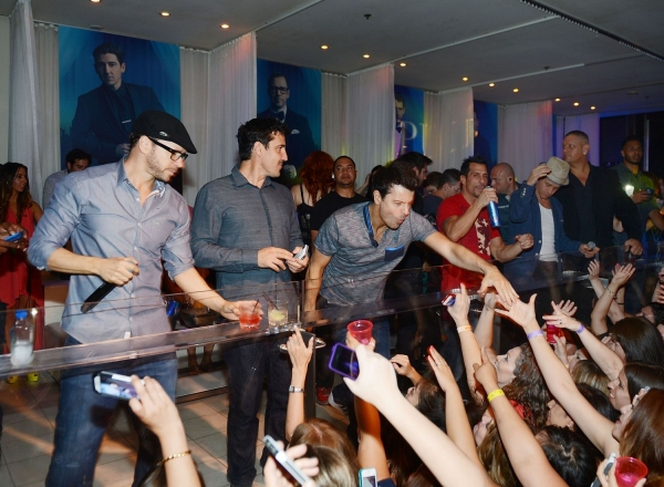 Donnie Wahlberg, Jonathan Knight, Jordan Knight, Danny Wood, and Joey McIntyre