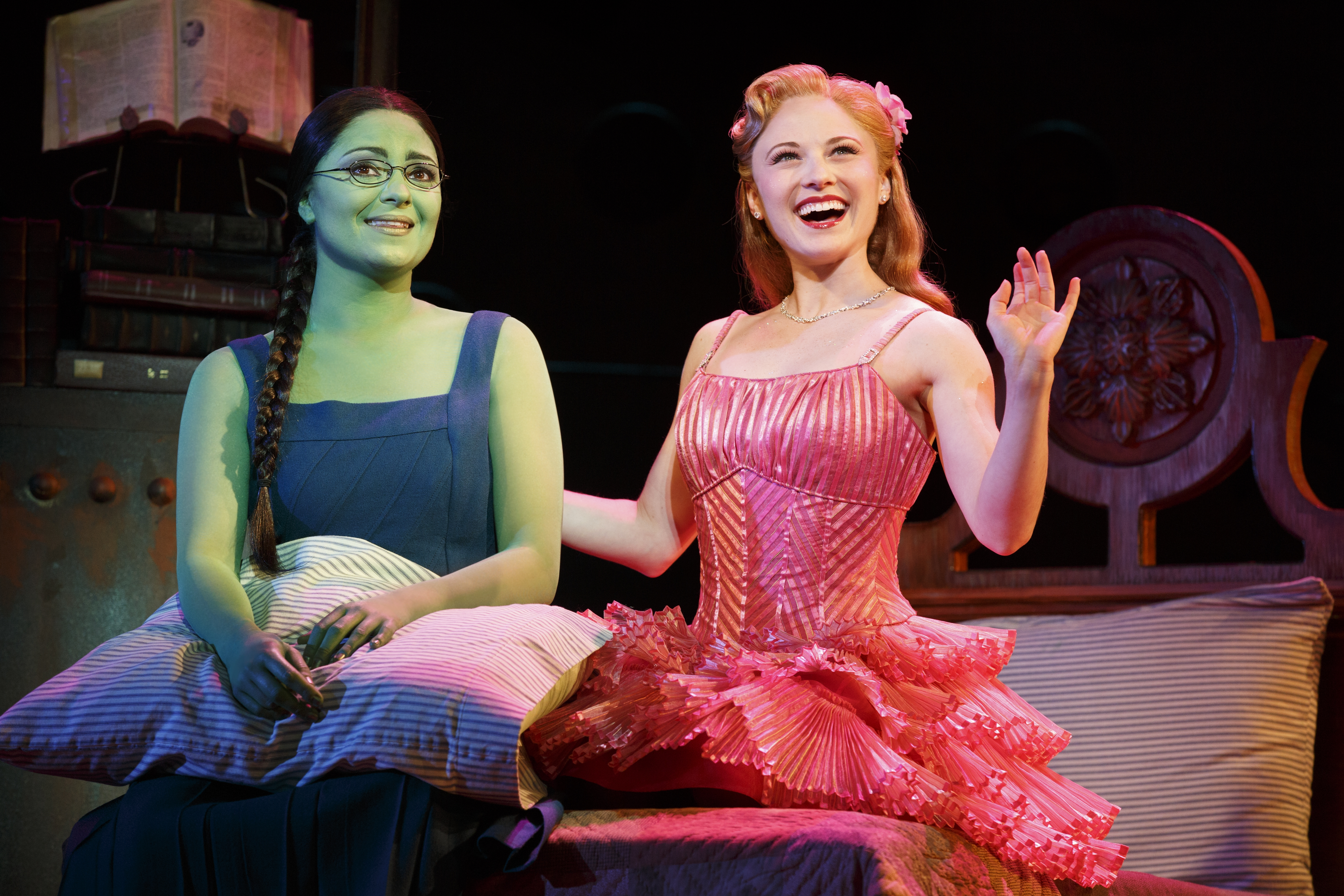 BWW Reviews: WICKED is Magically Bewitching!
