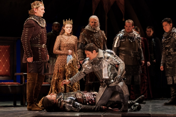 David Pittsinger as King Arthur, Andriana Chuchman as Guenevere, Wynn Harmon as Pelli Photo