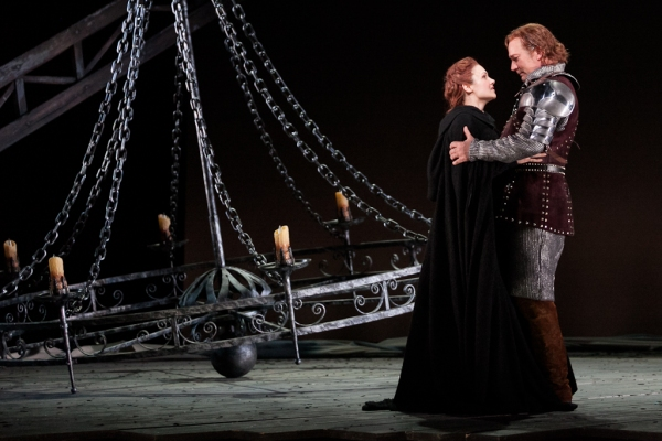 Andriana Chuchman as Guenevere and David Pittsinger as King Arthur