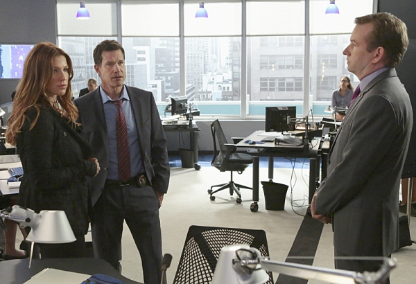 Carrie (Poppy Montgomery) and Al (Dylan Walsh) convince Eliot (Dallas Roberts) Photo