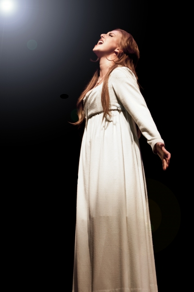 Hannah Ingram as Fantine