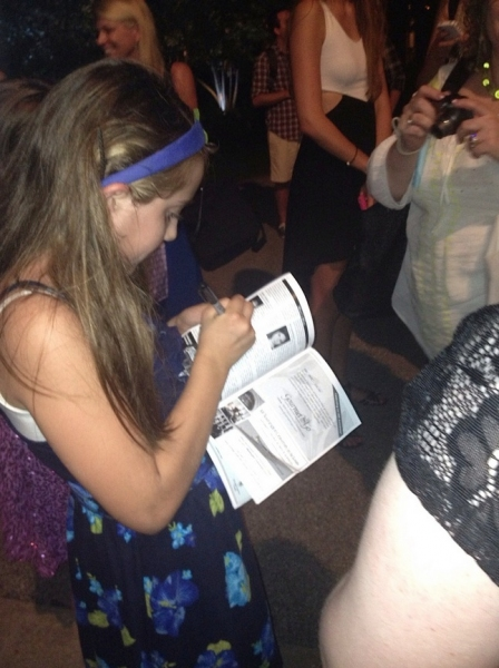 Lilly Kanterman signing autographs