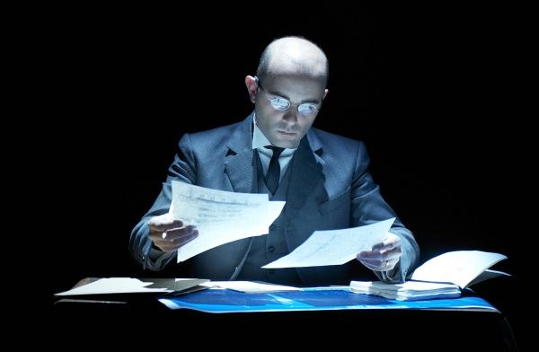 Greg Castiglioni as Andrews