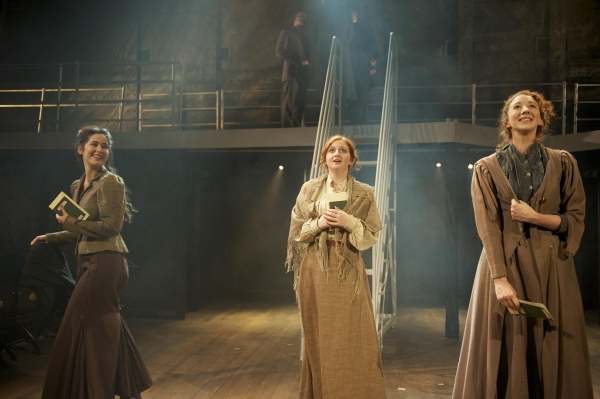 Victoria Serra (Kate McGowan), Scarlett Courtney (Kate Mullins), Grace Eccle (Kate Murphy)