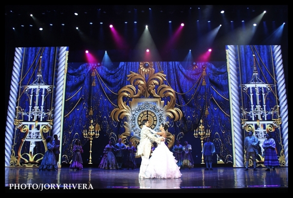 Photo Flash: CINDERELLA Meets the Press; Show Opens 10/9